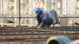 دستمزد کارگران چقدر کفاف زندگیشان را میدهد؟