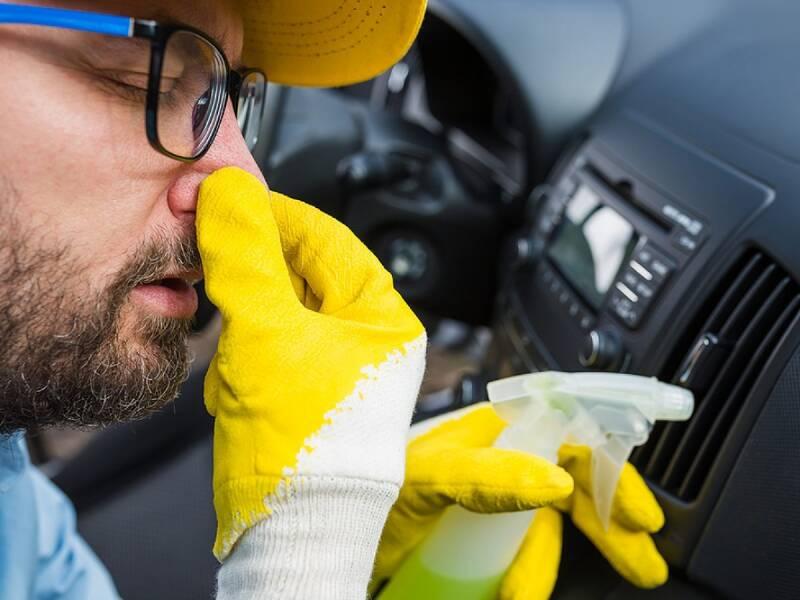 کدام ایرادات خودرو را میتوان از طریق بو کردن متوجه شد؟