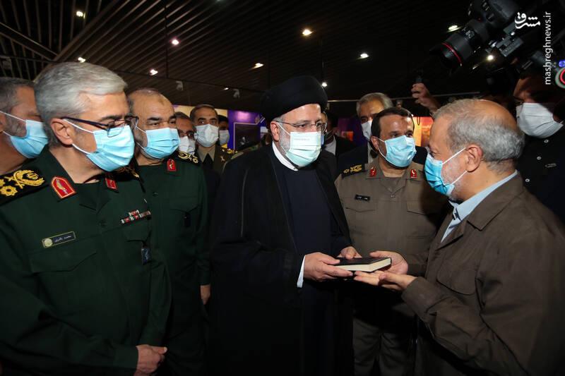 نمایشگاه ملی «در لباس سربازی» افتتاح شد