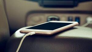 شارژ موبایل در ماشین ممنوع