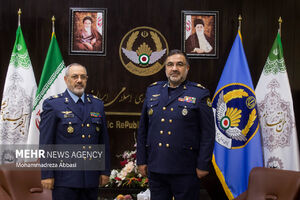عکس/ معارفه فرمانده جدید نیروی هوایی ارتش