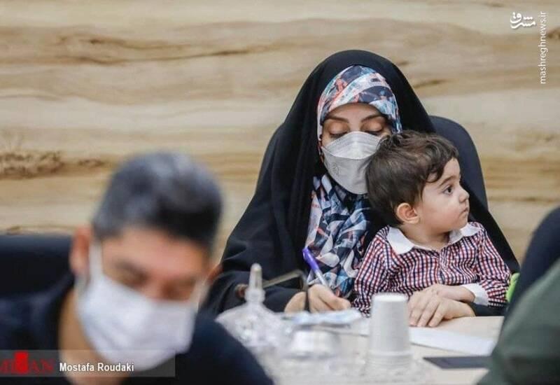 وقتی تو فقط یک مادرِ خبرنگارِ ایرانی هستی +عکس
