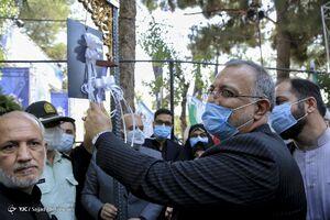 عکس/ مراسم زنگ دانشآموز شهید با حضور زاکانی
