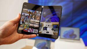 رونمایی مایکروسافت از تلفن همراه Surface Duo ۲ +فیلم