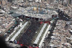 عکس/ جمعیت انبوه حاضران در مسیر نجف تا کربلا
