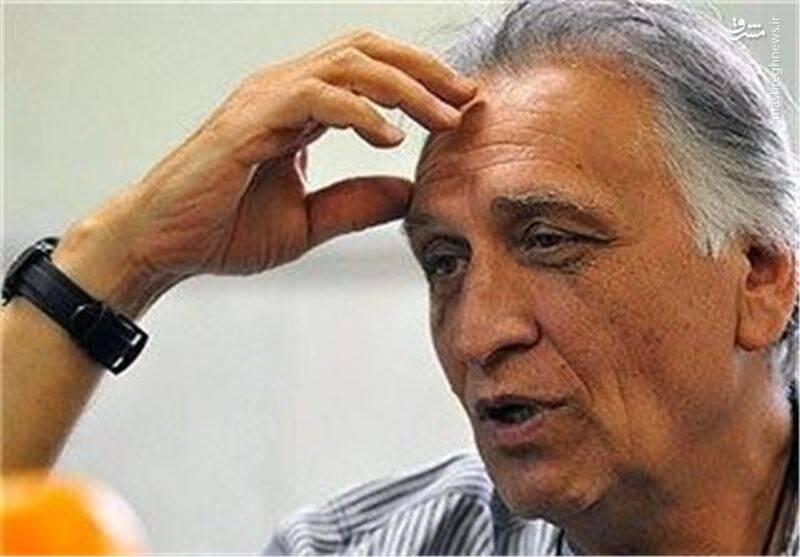 احمد نجفی: بازیگران را تهدید میکنند اسم انقلاب و نظام را نیاورند
