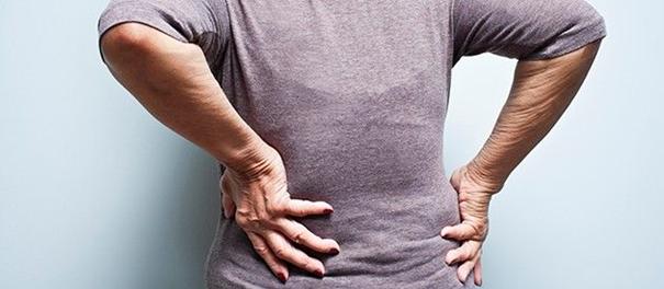 دیسک کمر چه علائم و عوارضی برای بیماران دارد؟