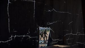هاآرتص: دو سرباز اسرائیلی در کرانه باختری به دست نیروهای خودی هدف قرار گرفتند