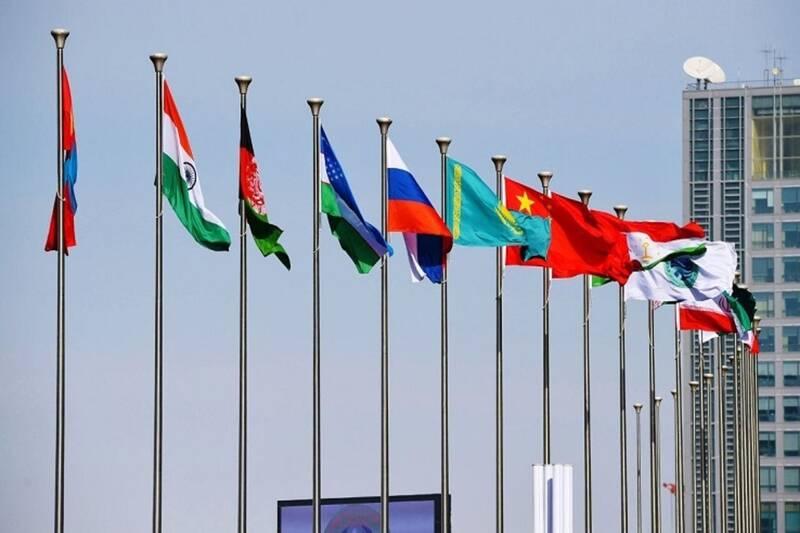 سازمان همکاریهای شانگهای و فرصتهای سیاسی و اقتصادی آن
