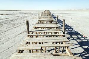 عکس/ بیدار شدن هیولا طوفانهای نمکی دریاچه ارومیه