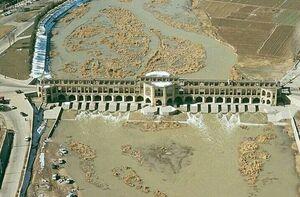 تصویر هوایی از پل خواجو سال ۱۳۵۴