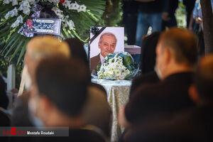 عکس/ چهرهها در مراسم تشییع مرحوم سیامک اطلسی