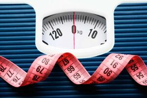 دلیل افزایش وزن افراد در ۴۰ سالگی