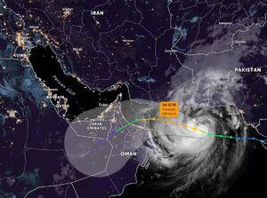 تصویر ماهوارهای از طوفان در آسمان جنوب ایران