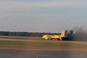 تخلیه هواپیمای آمریکایی به دلیل آتشسوزی