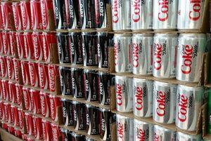 نوشیدنی های رژیمی تلاش برای کاهش وزن را خنثی می کنند