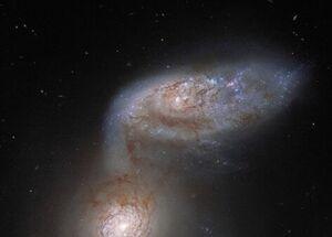 رقص ۲ کهکشان مارپیچی در فضا