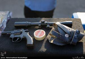 عکس/ دستگیری مجرمین در محدوده فرحزاد