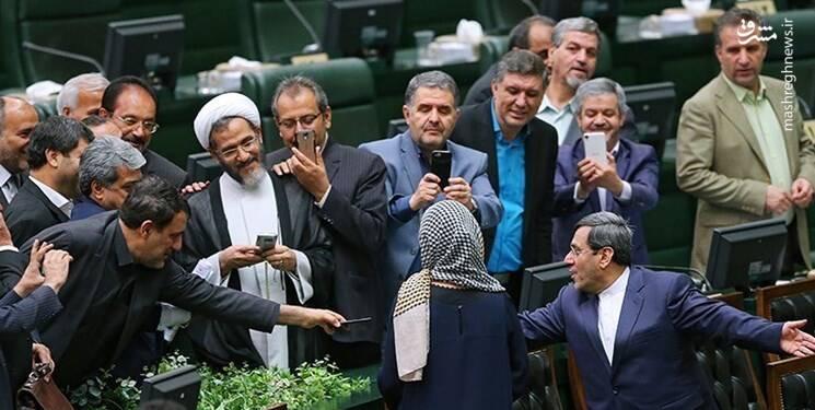 تحریمها را نمیتوان با «دیپلماسی اخم و زور و فشار» لغو کرد/ عملکرد مجلس انقلابی، حامیان «سلفی حقارت» را نگران کرده است
