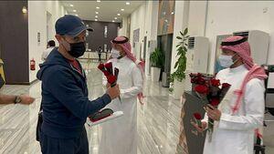عکس/ استقبال عربستانیها از کاروان پرسپولیس
