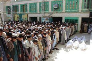 فیلم/ تشییع پیکر شهدای نماز جمعه قندهار