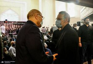 عکس/ گفتگوی قالیباف با علی لاریجانی