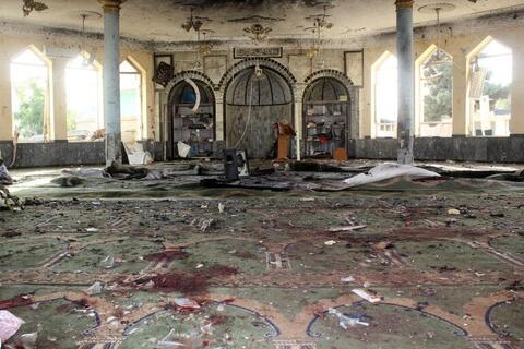 فیلم/ ورود عوامل انتحاری داعش به مسجد شیعیان