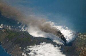تصویر ماهوارهای از فوران آتشفشان لا پالما