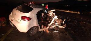 عکس/ تصادف تریلی با خودروی تیبا