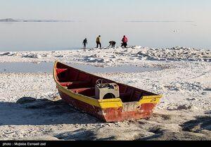 عکس/ دریاچه ارومیه و روزهای کم آبی