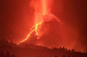 تصویری خوفناک از فوران آتشفشان لاپالما