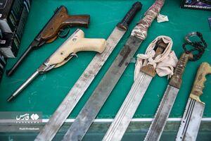 عکس/ دستگیری باند توزیع مواد مخدر و سرقت