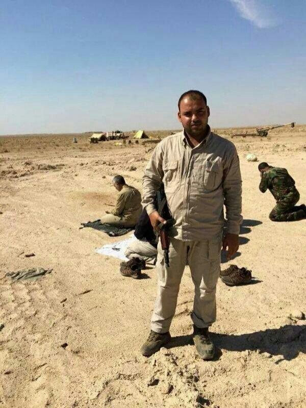 اقتدای عراقیها به سردارسلیمانی+عکس