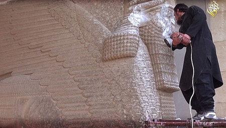 تاریخچه آل سعود در تخریب آثار اسلامی و مرمت نمادهای یهودی/ چرا آلسعود آثار تاریخی اسلامی را نابود و نمادهای یهودی را مرمت میکند/ از نابودی مساجد هفتگانه مدینه تا مرمت منطقه خیبر+تصاویر