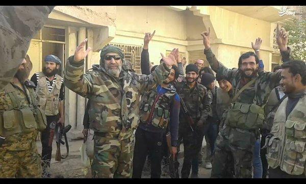 تکذیب کشته شدن فرماندهان ارشد سوری در دیرالزور+تصاویر