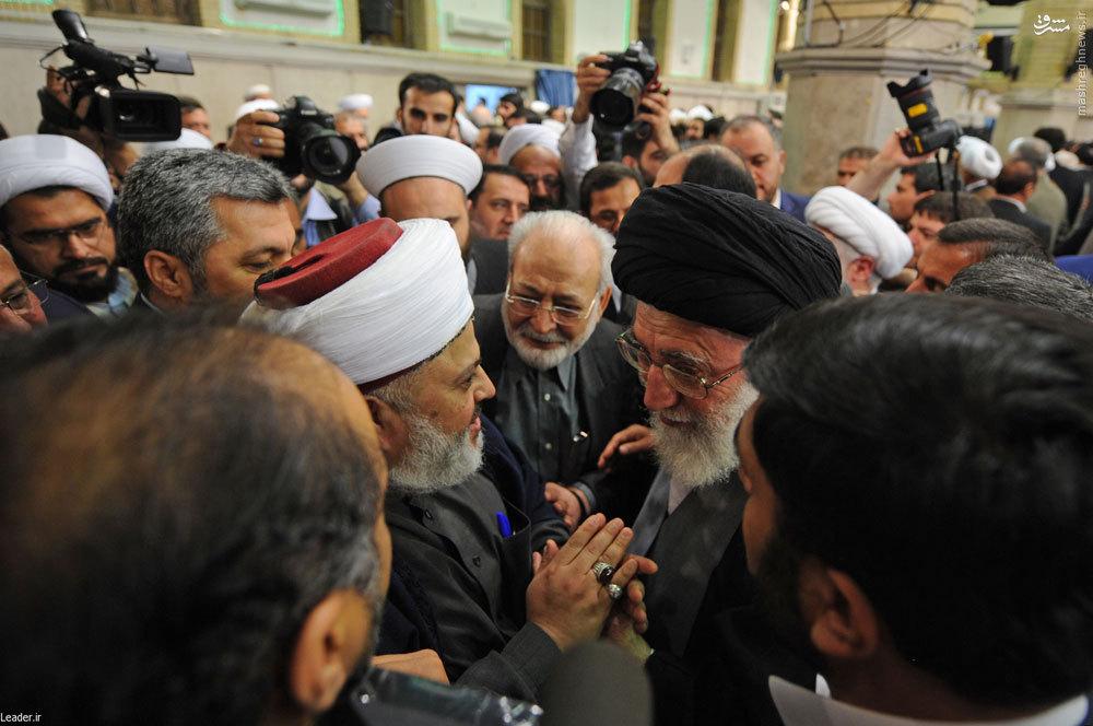 Image result for رهبر معظم انقلاب اسلامی در کنفرانس