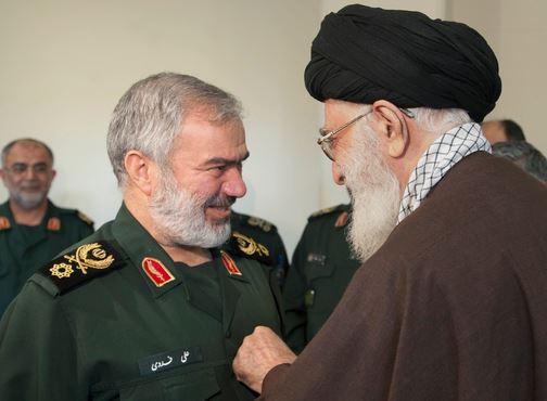 نشان فتح چیست و کدام فرماندهان سپاه آنرا دریافت کرده اند +عکس