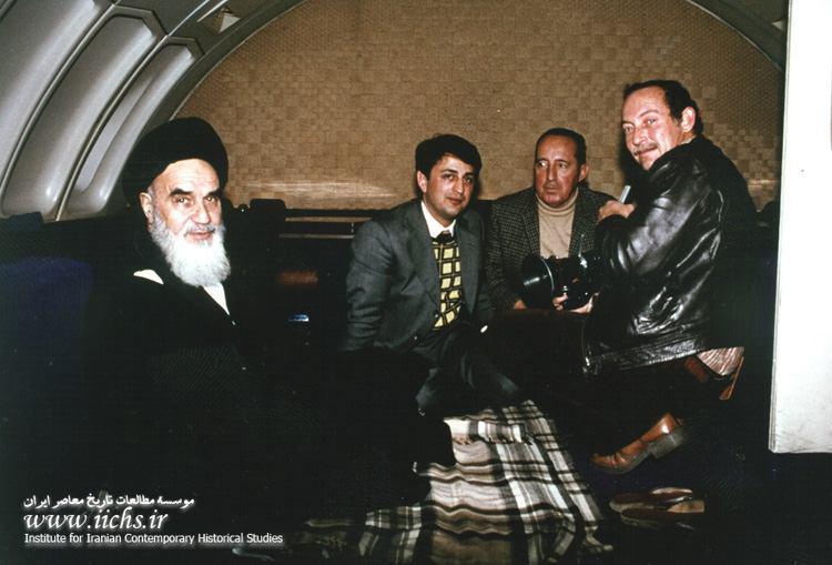 عکس/امام خمینی در هواپیمای ایرفرانس