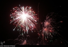 عکس/ نور افشانی شب ۲۲ بهمن در پارک لاله