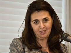 این زن مامور بهبود روابط آل خلیفه و رژیم صهیونیستی است