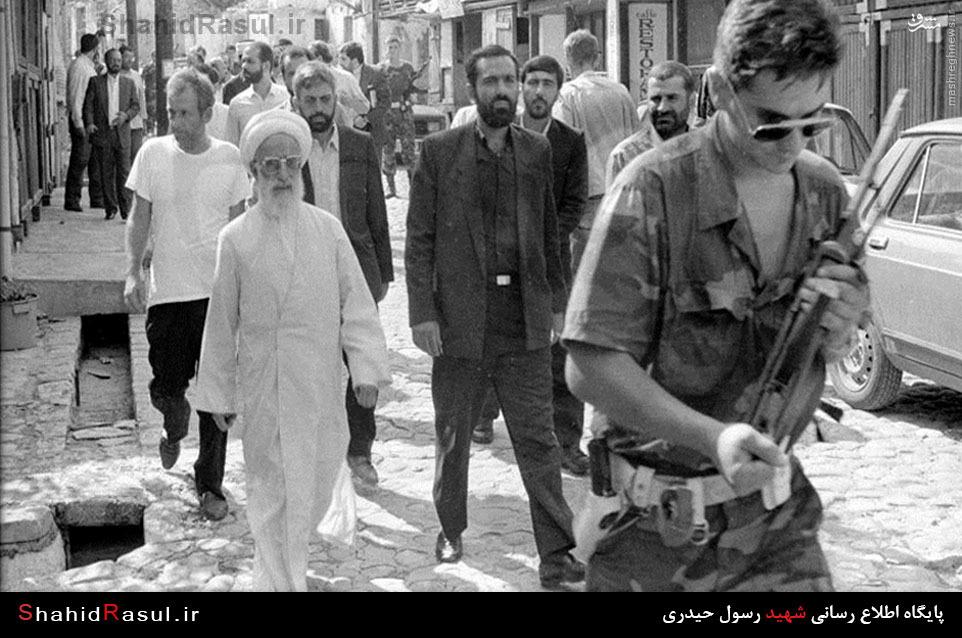 عکس/ آیت الله جنتی و سردار نقدی در بوسنی