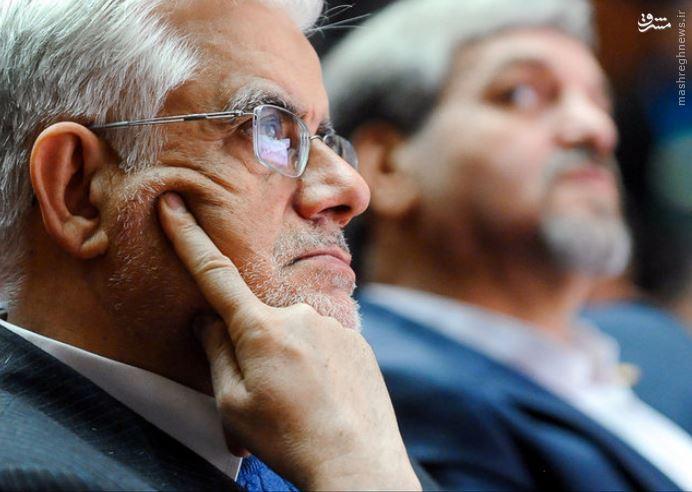 گلایه عارف از انتقادات رئیس جمهور به شورای نگهبان در ایتالیا/ انتقاد رئیس جمهور به شورای نگهبان در ایتالیا داد عارف را هم بلند کرد/ گلایه عارف از رئیس جمهور بخاطر مطرح کردن انتقادات انتخاباتی در ایتالیا