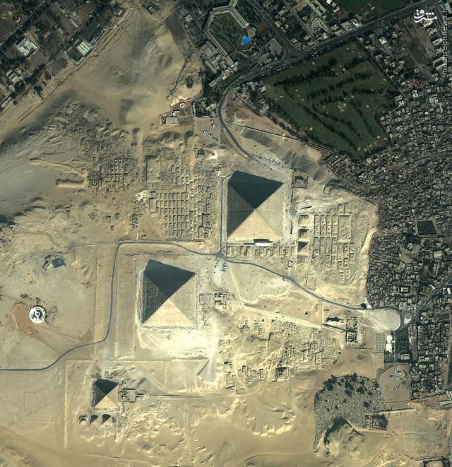 عکس/ اهرام ثلالثه را از بالا ببینید