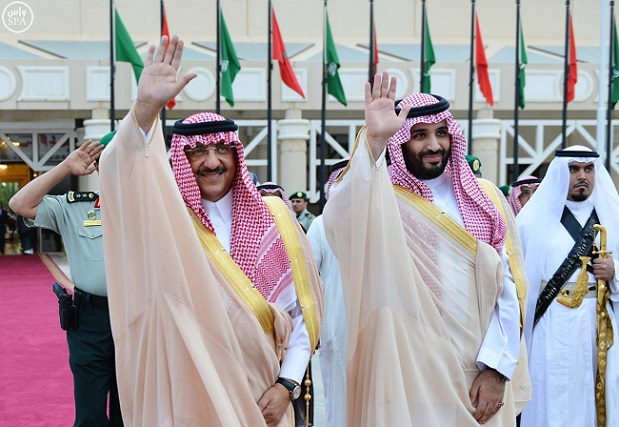 هندرسون از «محمد بن سلمان» و بیرون رانده شدن وی توسط ملک عبد الله میگوید/ چرا ملک عبدالله، «محمد بن سلمان» را از نشست بیرون کرد/ آیا شاهزاده ساده زیست آلسعود را به ورطه نابودی میکشاند/