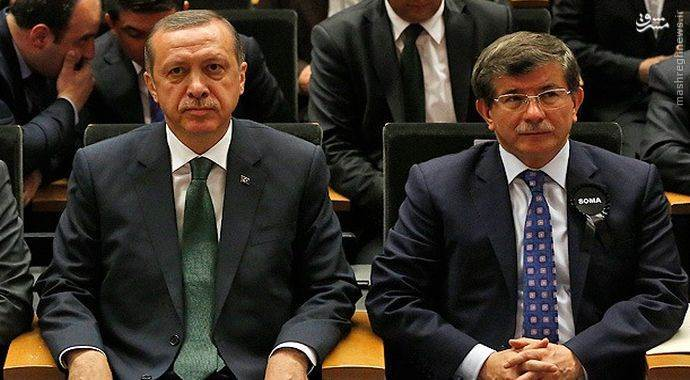 ترکیه در موقعیت جنگی بالفعل گرفتار شده است /// خطر تجزیه، ترکیه را تهدید میکند /// نوعثمانیگرایی مسمومی که گریبانگر اردوغان شد /// اردوغان در منجلاب خودساخته گرفتار شده است /// آماده جهت ملاحظه