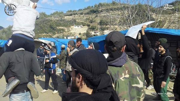فرار تروریستهای تکفیری به خاک ترکیه+تصاویر