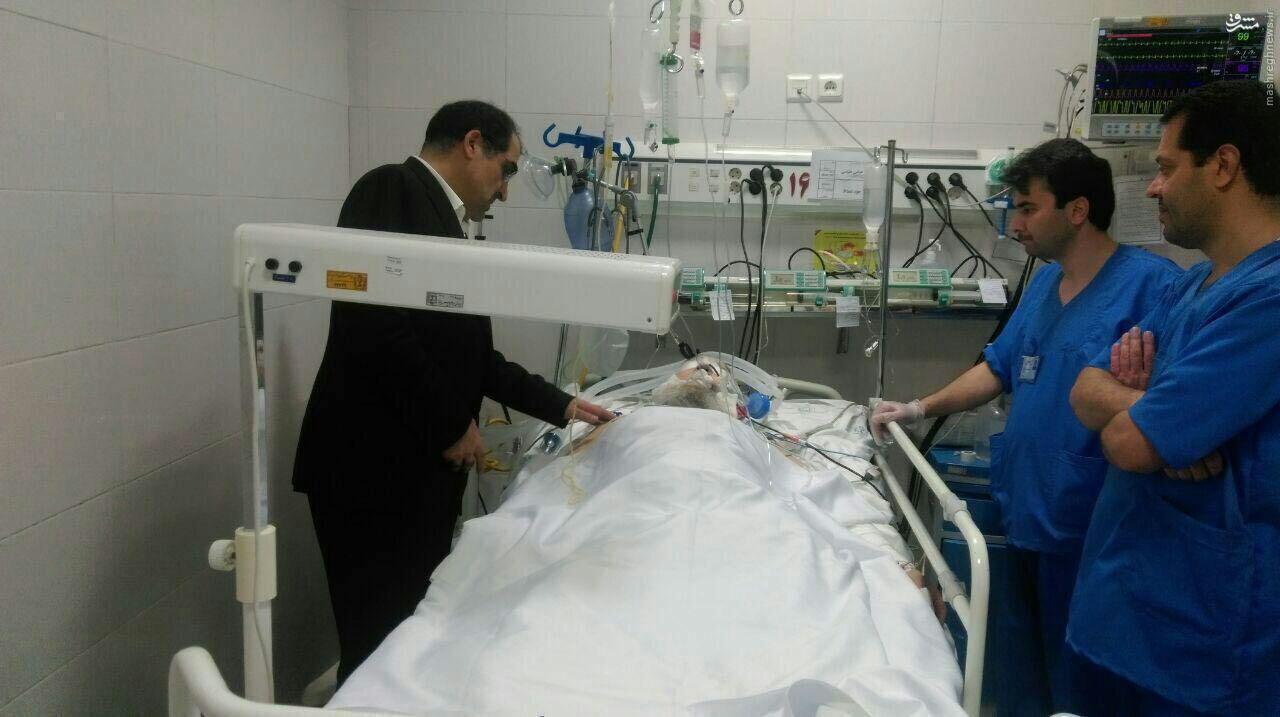 تصویری از آیت الله واعظ طبسی بر روی تخت بیمارستان
