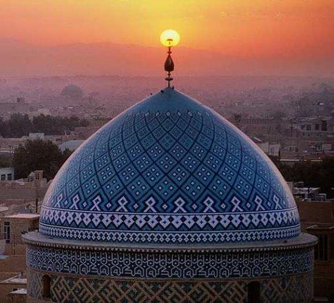 مساجد همیشه آغازگر حرکات انقلابی و جریان ساز بوده است