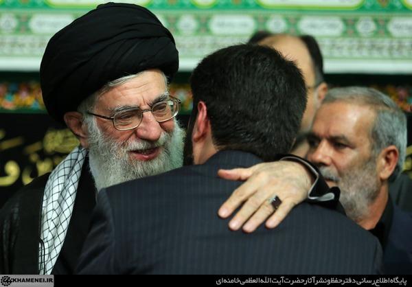 دانلود مداحی رهبر من طلایه دار لاله هایی با نوای حاج میثم مطیعی