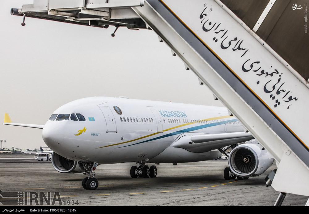 عکس/ هواپیمایی که نظربایف را به تهران آورد